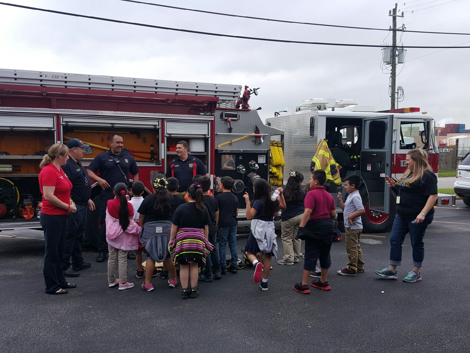 Students Learning about Fire Truck